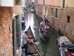 水の都ヴェネチアへ ~ヴァポレットに乗って大運河を一望~