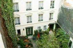 パリのプチホテル『ヴィラ・フェネロン(Villa Fenelon)』