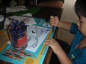【写真左】落書きを楽しむミニデビルです。本当に助かりました!!