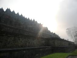世界遺産ボルブドゥール遺跡とプランバナン寺院