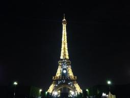 パリの夜景イルミネーションツアー