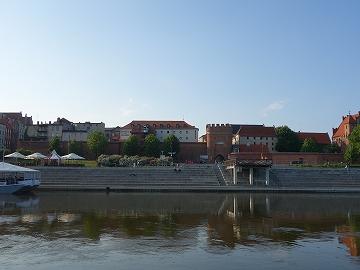 ヴィスワ川対岸からの眺め