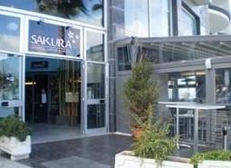 CAFE SAKURA JAPANESE CUISINE & LOUNGE(サクラ)