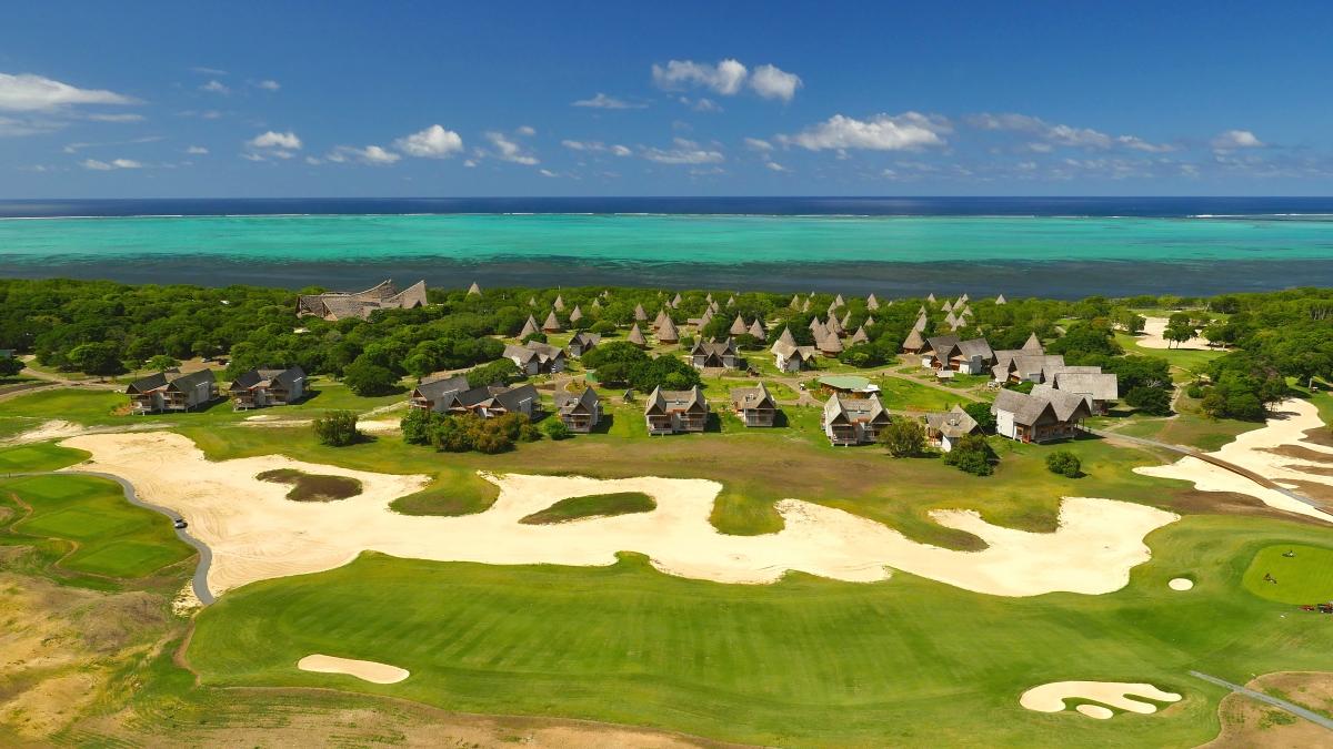 世界遺産の海とゴルフ!ニューカレドニアを遊び尽くす@シェ...