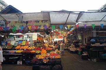 ボリャン市場