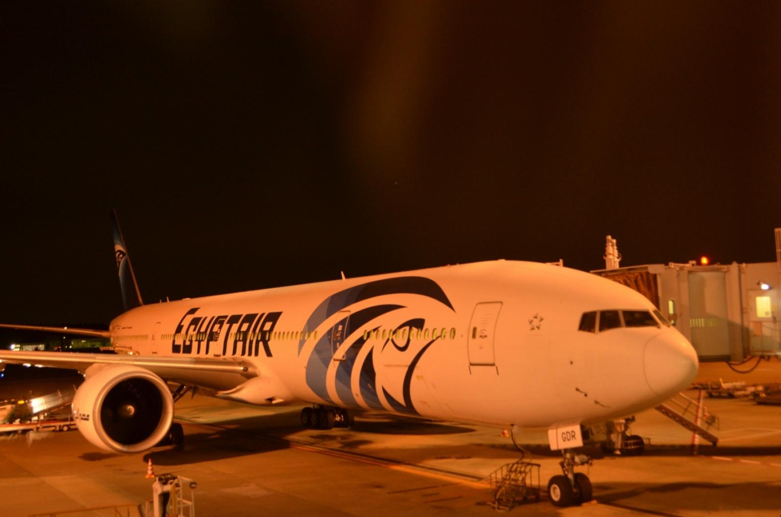 祝復活!カイロまでの直行便エジプト航空に乗ってみました。
