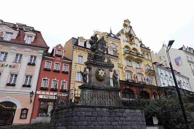 チェコの温泉リゾート「カルロヴィ・ヴァリ」