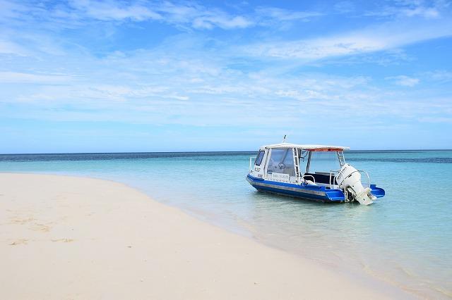 【ラレニア島】ヌメアからボートで50分の楽園