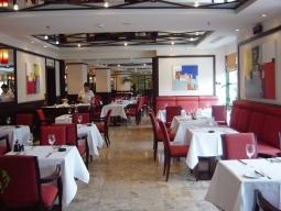 レストラン「Chez Manon」