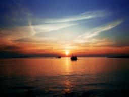 【イビサ島発】一生に一度は見たい!イビサの夕日ツアー