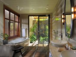 トロピカルジュニアスイート バスルーム