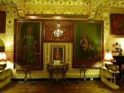 昔は貴族の邸宅でした