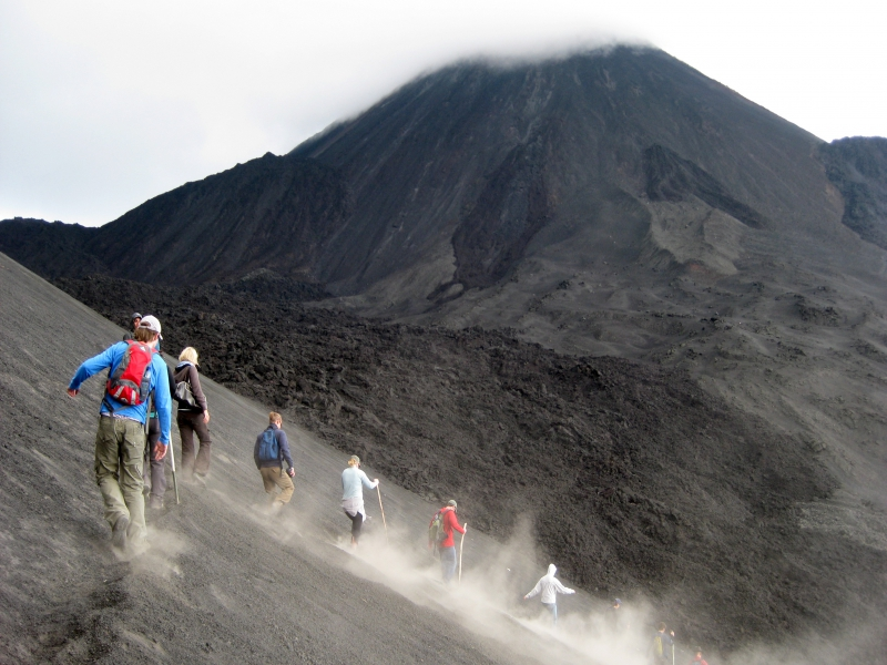 パカヤ火山