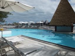 【写真中】リゾート内のプール♪