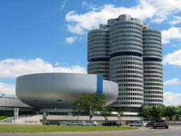 BMW博物館とBMWワールド(BMW Welt)