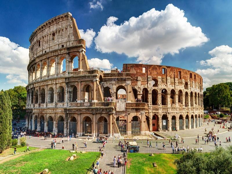 誰もが知っている名所だらけのローマ
