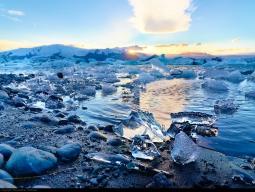 ヴァトナヨークトル氷河