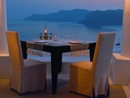 エーゲ海を眺めるレストラン