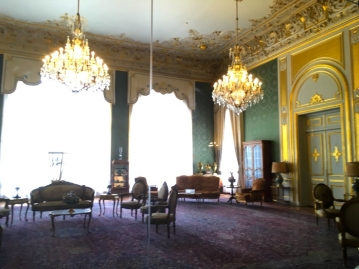 サアダーバード宮殿博物館