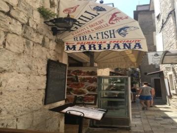 おいしいお肉料理なら『MARIJANA』