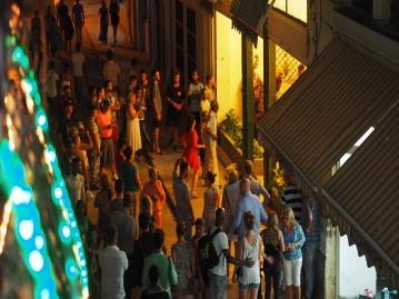 ★ベアフットツアー★ キューバのお酒を味わいながら、夕刻のハバナ旧市街地を散策