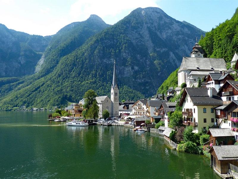 注目の美しきヨーロッパの村20選