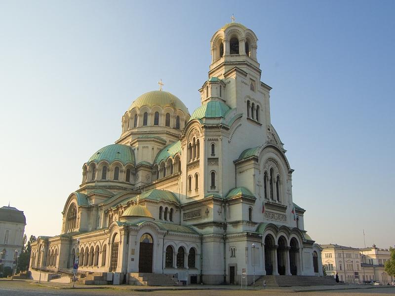 ソフィアを代表するアレクサンダルネフスキー寺院
