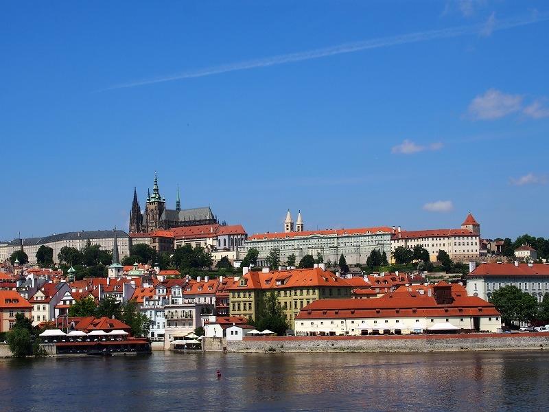 プラハ城を散策する