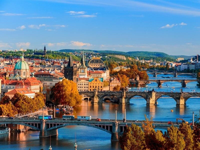 黄金のプラハ観光