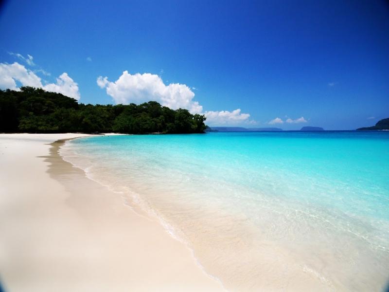 おすすめビーチリゾート エスピリットゥ サント島