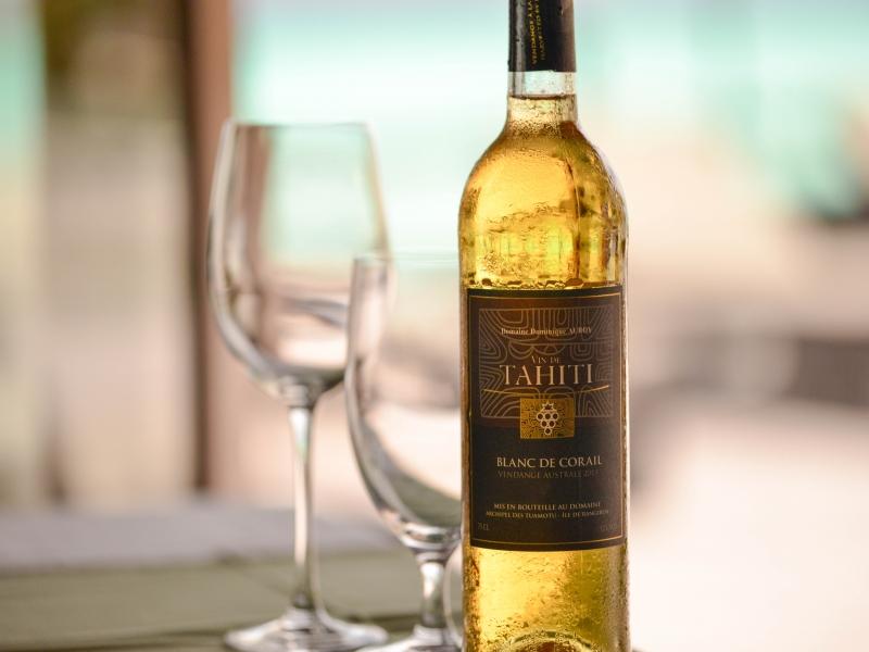 ランギロア名産のハニーとワイン
