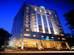 【福岡発着】シンガポール航空利用♪ 気軽にAIR&HOTEL!ブキッビンタンまで徒歩圏内の好立地!アルファジェネシス指定 クアラルンプール5日間