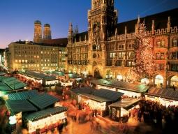 クリスマスマーケットに行こう★≪ルフトハンザ航空利用≫日本語アシスタント付きバスで巡るニュルンベルク&ローテンブルクのクリスマスマーケットツアー付!フランクフルト&ミュンヘン滞在7日間