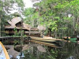世界遺産第1号キト&エクアドル驚異の大自然アマゾン探訪!源流のロッジ滞在&神髄に触れるジャングルツアー♪最終日デイユース付♪日本語係員送迎付で安心のキト 8日間