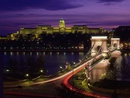 朝着だから現地滞在時間が長い♪ 列車で巡る3カ国4都市欲張り周遊! ミュンヘン&ザルツブルク&ウィーン&プラハ 9日間 イメージ1