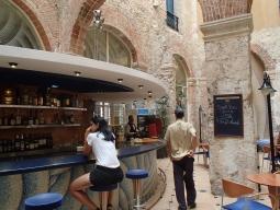 <新千歳発着>ひとり旅♪【キューバ>ハバナ】☆エアカナダ指定☆ハバナ旧市街にある4つ星ホテル@テレグラフォ6日間<ツーリストカード・日本語空港送迎・朝食付>