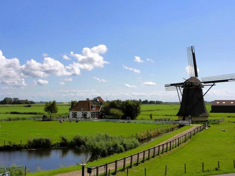 広島発オランダひとり旅