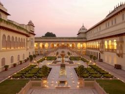 ちょっぴり大人のインド旅!ワンランク上の宮殿ホテル''ランバーグパレス''で味わうお姫様気分♪北インド周遊5日間