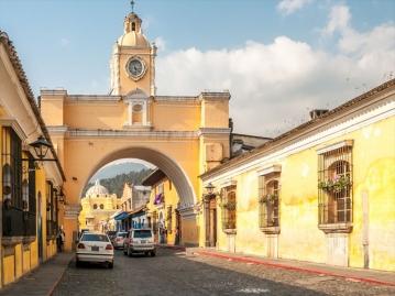 女子ひとり旅★町がまるごと世界遺産!アンティグアに3連泊 マリンバ演奏の流れる中心地のポサダデドンロドリゴ泊 6日間