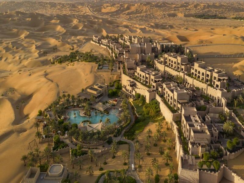 世界の砂漠ホテルおすすめツアー
