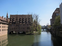 ニュルンベルクで春色のドイツ探し♪