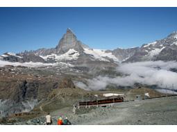 アルプスの自然を堪能し、スイスの文化に触れた旅(その1)