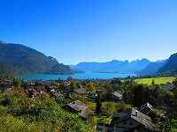 美しき湖畔の町が連なるザルツカンマーグート!