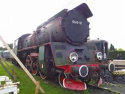 保存鉄道と廃線跡を巡ったあとは、シーフードに舌鼓。そして...