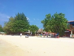 「タイ最後の楽園」 ~マレーシア国境近く、アンダマン海に...