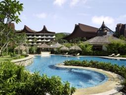 【待望のANA・羽田発着】 高級感溢れる庭とオンザビーチが魅力 ラササヤン(ガーデンウィング デラックスガーデン)5日間