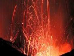 【学生旅行】南太平洋を制す★大自然の息吹を感じるタンナ島<火山ツアー付>ポートビラでは現地住民の村で1泊+プチフランスヌメア8日間