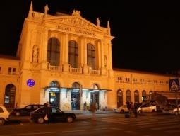 【広島発着】イストラ半島の小さな町リエカ&ポレチュ&ロヴィニ&プーラとザグレブ&リュブリャナを列車と送迎車で巡る8日間