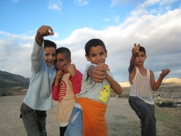 【福岡発着】青い町シェフシャウエン&フェズ&サハラ砂漠&アイトベンハッドゥ&マラケシュを巡る!ラクダに乗ってサンライズ観賞♪モロッコ周遊8日間
