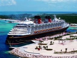 ディズニーの世界を船で体験!ディズニー・ファンタジー号で行く東カリブ海クルーズ&ウォルト・ディズニー・ワールド・リゾート11日間の旅